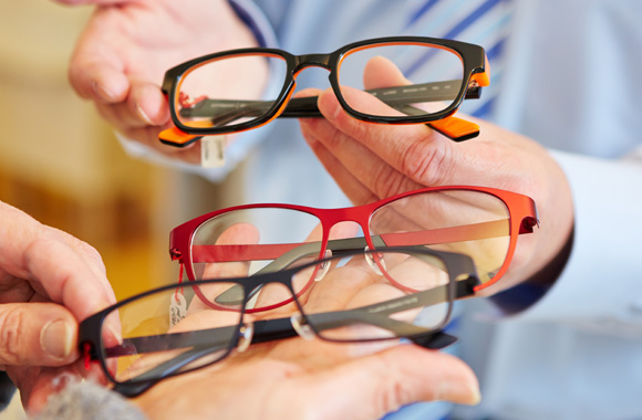 How to choose eyeglasses